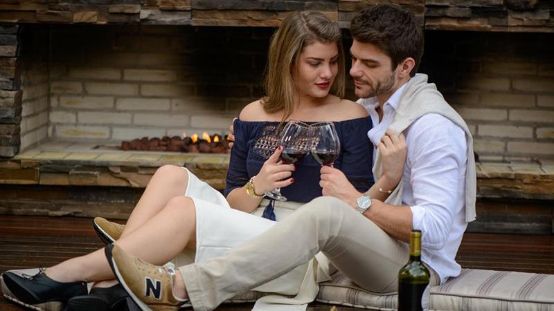 Casal no Bavaria Sport Hotel em Gramado