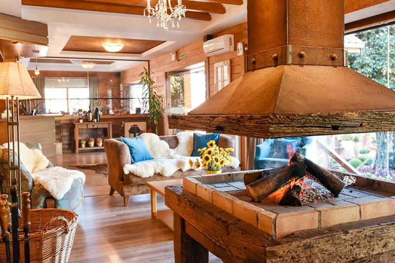 Hall do Hotel Cabanas Tio Müller em Gramado