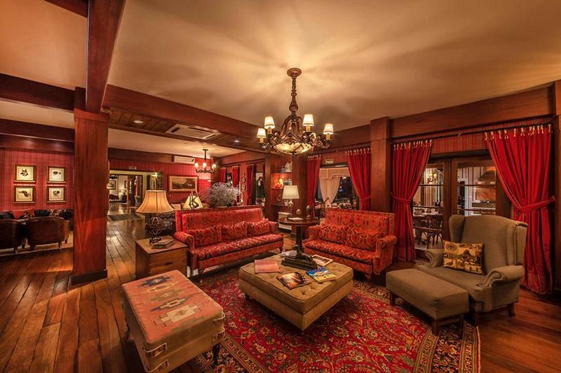 Lounge do Hotel Casa da Montanha em Gramado